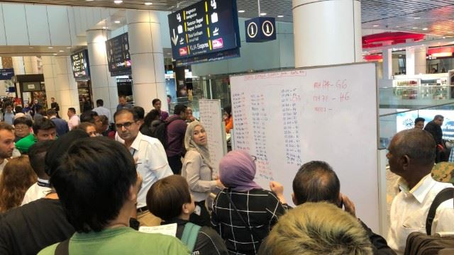 Systems Outage Causing Massive Disruption at KLIA