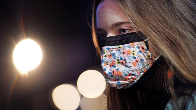 COVID-19: US Study Finds Wearing Two Face Masks Better Than One