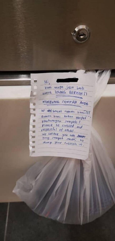 misunderstanding between neighbours resolved with handwritten notes