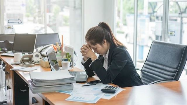 Study Finds KL Residents Among The Most Overworked In The World