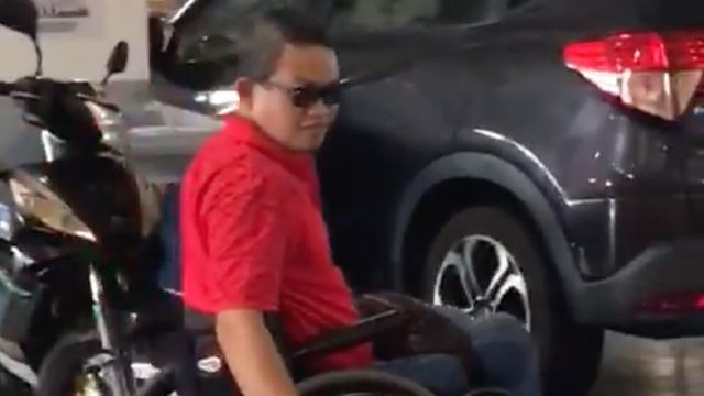 Frustrated OKU Man Speaks Up As OKU Parking Spots Taken Over By Motorcyclists