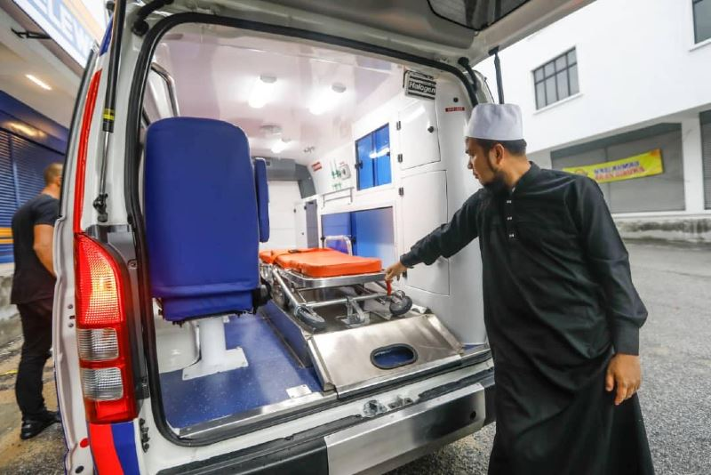 ustaz ebit lew launches free ambulance service for those who can't afford it!