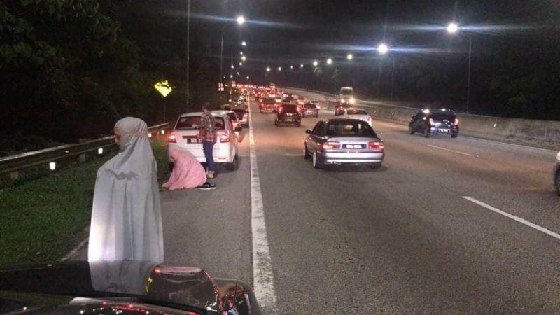 karak highway operator pleads with muslims not to pray on emergency lanes