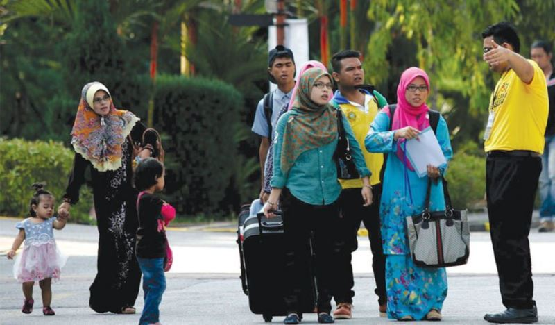 universities are postponing registrations for students from red zone areas