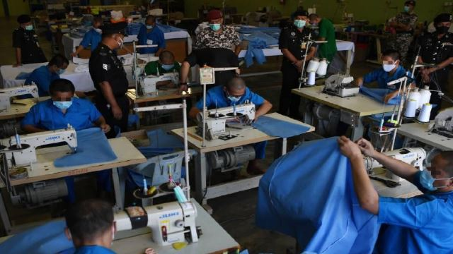 Penor Prison Inmates Are Making The PPE For COVID-19 Frontliners