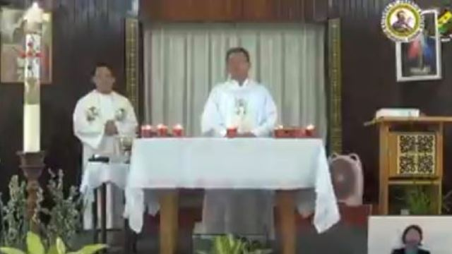 Catholic Priest Wishes Our Muslim Friends Selamat Hari Raya With A Song!