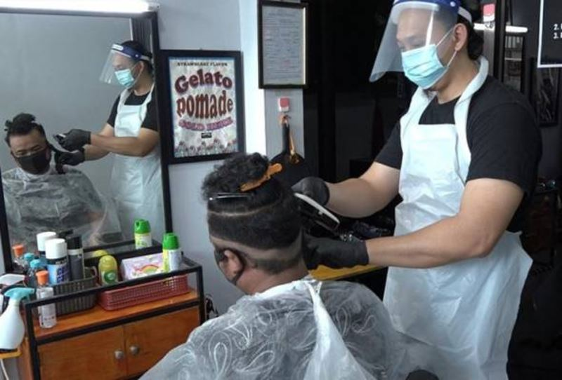 barbershops, night markets and car wash centres given green light to reopen