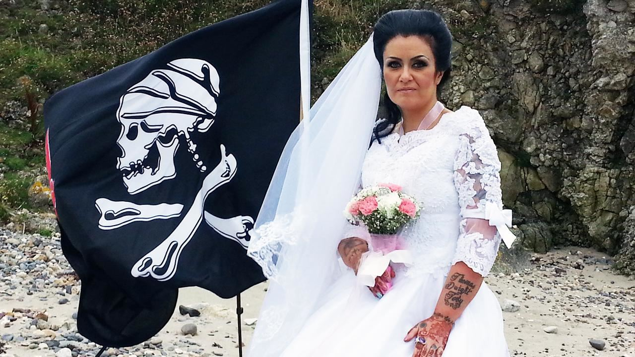 """woman married 300-year-old """"pirate ghost"""" and later divorced him via exorcism"""
