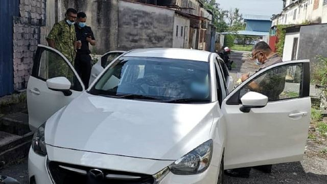 Woman In Ipoh Allegedly Commits Suicide In Her Car And Leaves A Note For Her Family