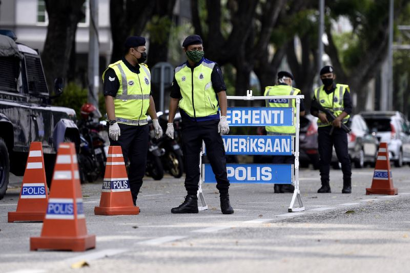two students nabbed by police for using fake interstate travel permit