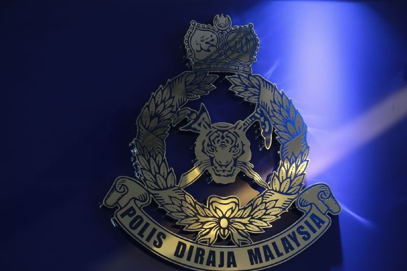three-year-old girl in johor dies after she was left in the car by her grandmother