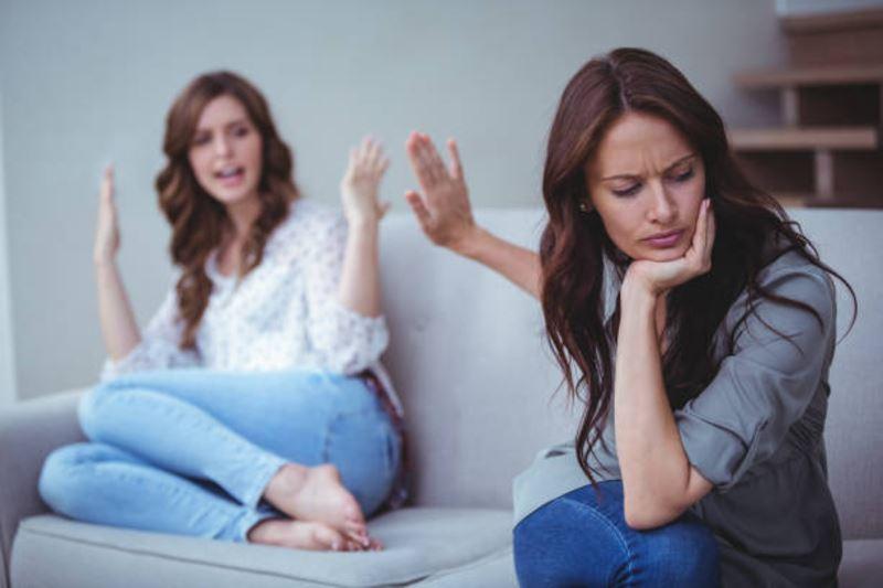 missing your bestie? here's how to get over a broken friendship