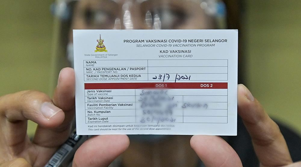 those without digital certificates can use physical covid-19 vaccination cards for now, says health