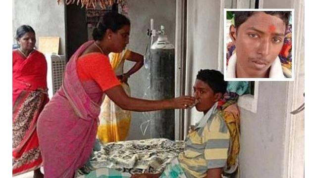 disangkakan sudah meninggal, namun remaja ini mengalirkan air mata sewaktu pengebumian
