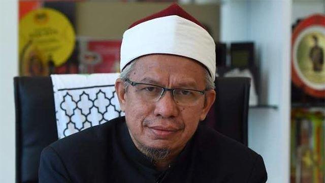 """jangan sesekali menakutkan dengan hebahan yang tidak tepat""- pejabat mufti wilayah persekutuan"