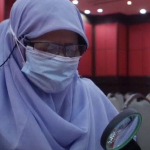 baca guna kanta pembesar, nenek berusia 72 tahun khatam al-quran